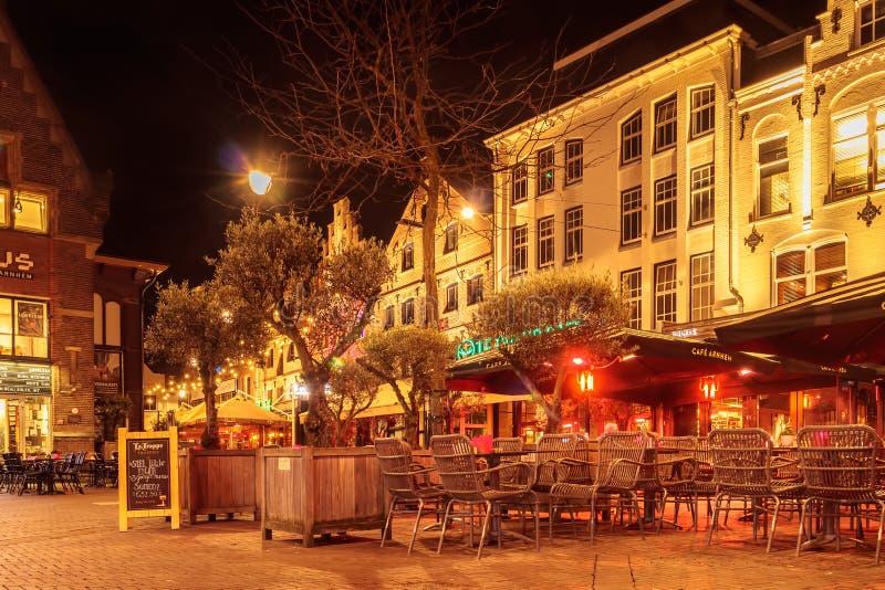 Pubs y restaurantes en el cuadrado central famoso Korenmarkt adentro fotografía de archivo libre de regalías