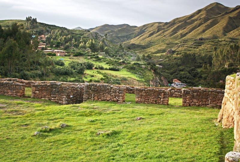 Puca Pucara bietet erstaunliche Ansichten des Cusco-Tales an stockbild