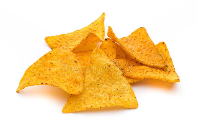 Puces mexicaines de nachos, d'isolement sur le fond blanc images stock