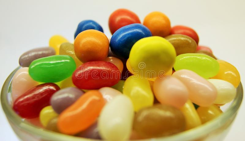 Puchar Coloured cukierek fotografia stock