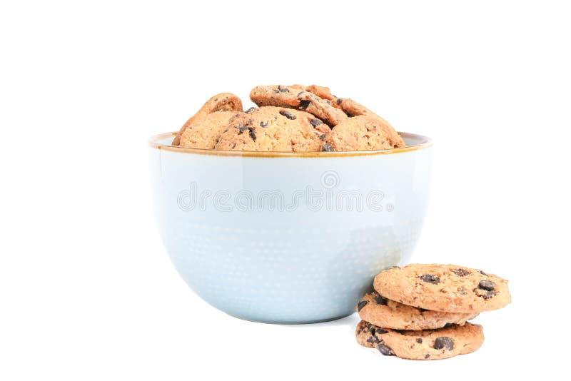 Puchar z smakowitymi czekoladowego układu scalonego ciastkami fotografia royalty free