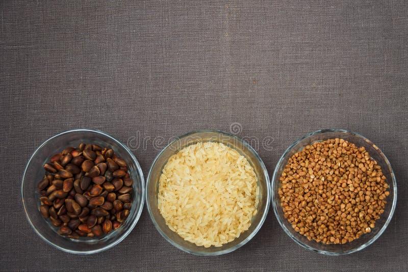 Puchary różnorodny gluten uwalniają produkty obraz royalty free