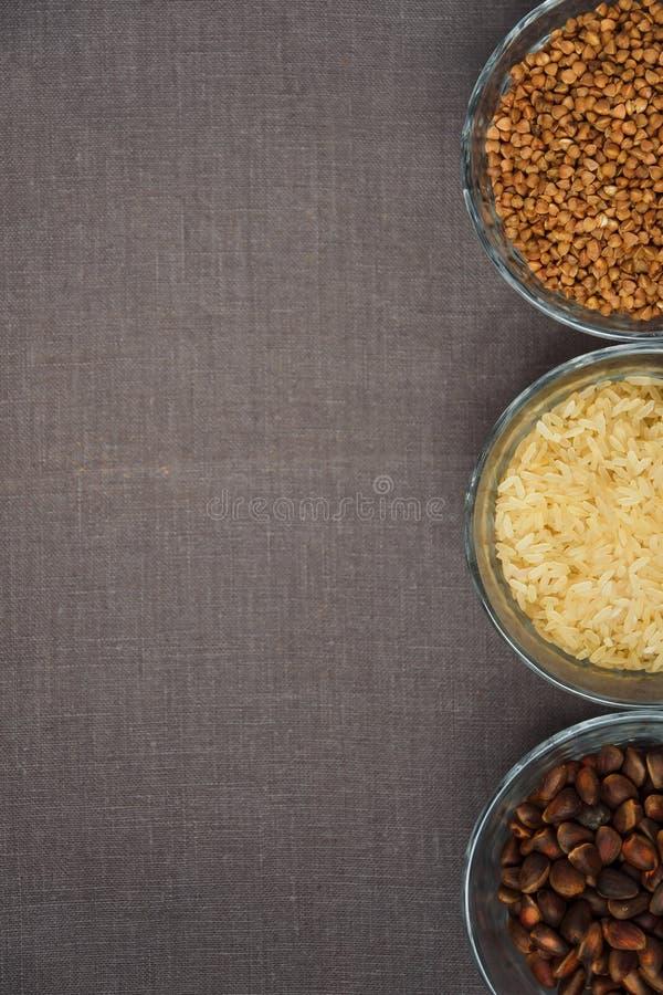 Puchary różnorodny gluten uwalniają produkty obrazy stock