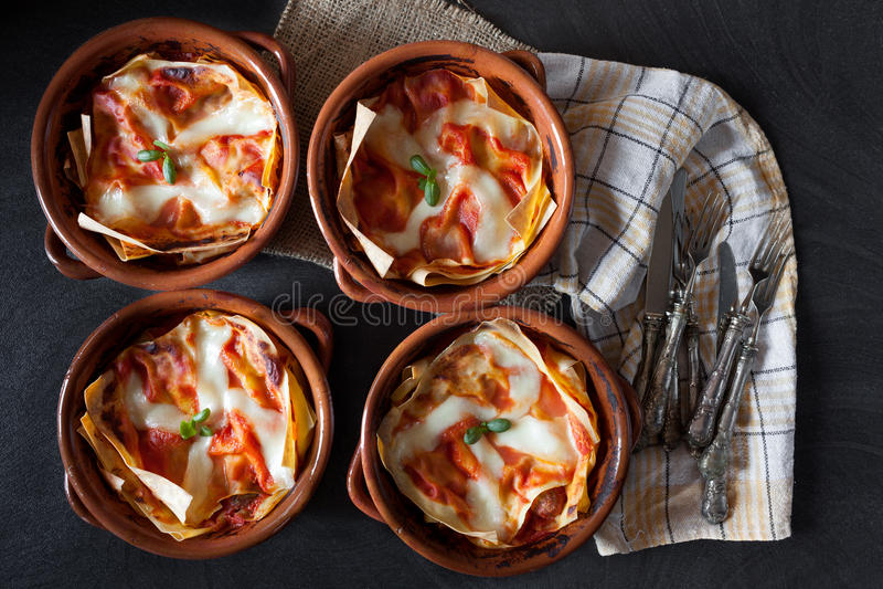 Puchary Z Lasagna obrazy royalty free