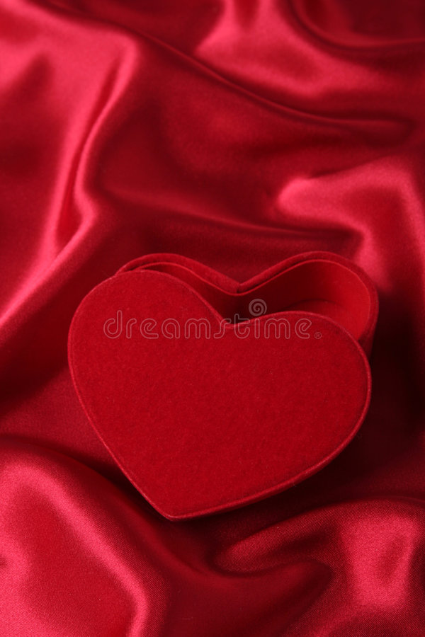 pudło w kształcie serca obraz royalty free