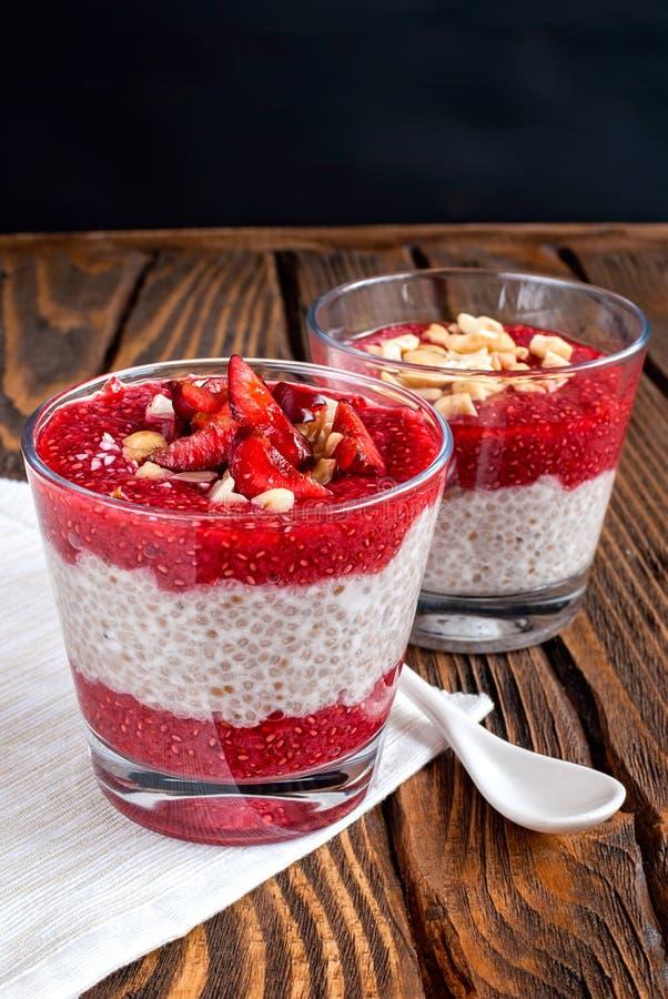 Download Pudding De Chia Sur Une Table Image stock - Image du santé, savoureux: 76079559