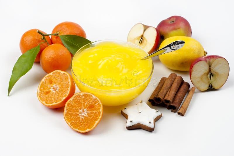 Pudding e frutta immagini stock