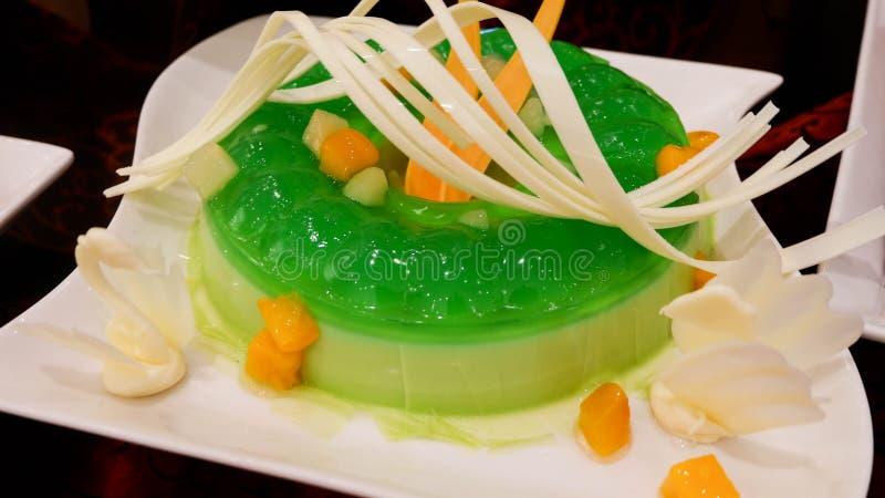 Pudding, Gelee auf einer Platte, Abschluss oben stockfotos