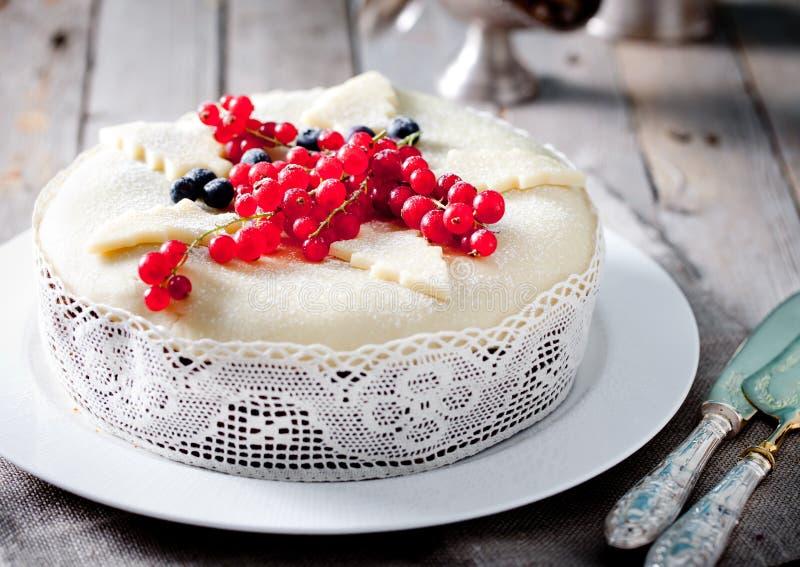 Pudding traditionnel de gâteau de fruit de Noël photos libres de droits