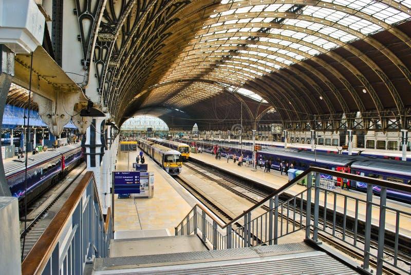 Puddington Station in London lizenzfreie stockfotos