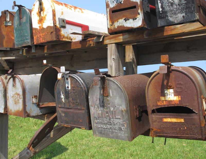 pudełka mail starego być ubranym obrazy stock