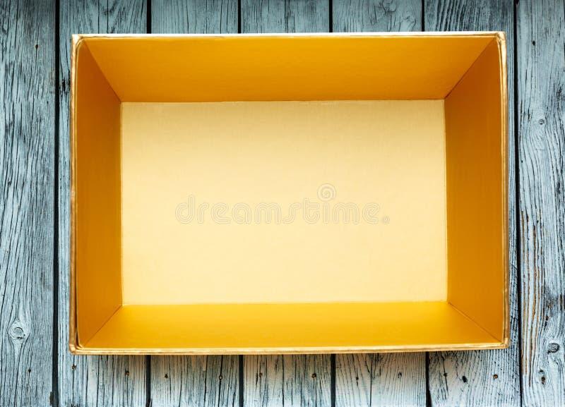 pudełka złoty pusty obrazy stock