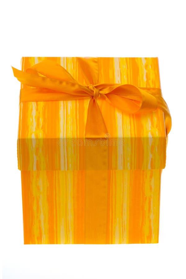 pudełko daru pomarańczowy white zdjęcia royalty free