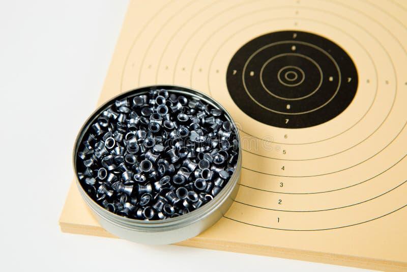 Pudełko 500 kawałków wyrka dla lotniczych pistoletów i sporty papierowych celów zdjęcie royalty free