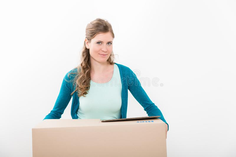 pudełkowaci kartonowi mienia kobiety potomstwa zdjęcie royalty free