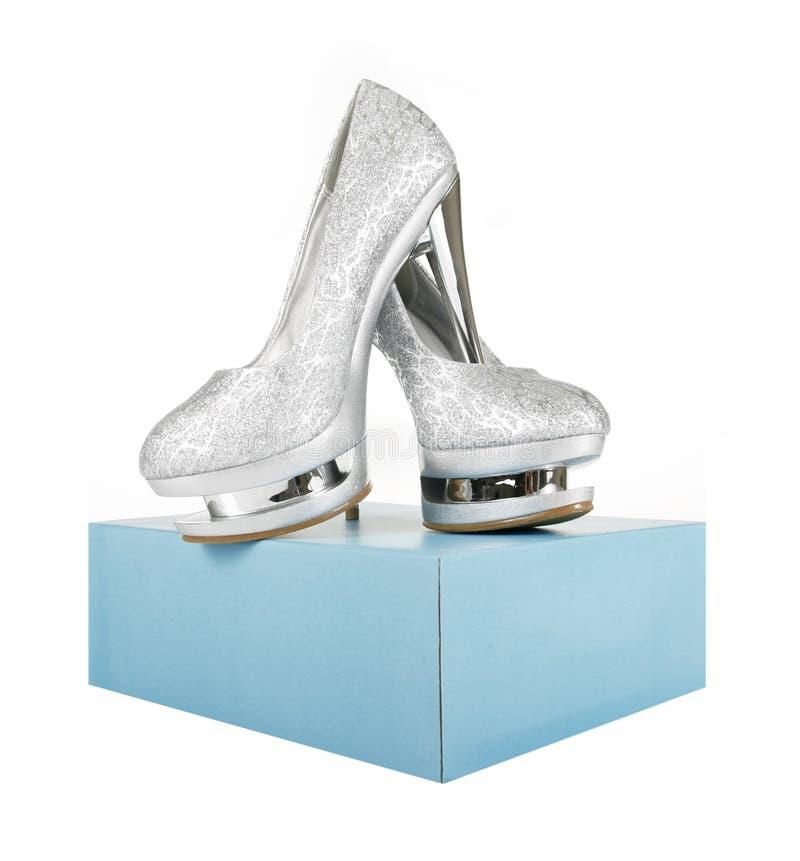 pudełkowatych błyskotliwości butów srebny turkus zdjęcia royalty free