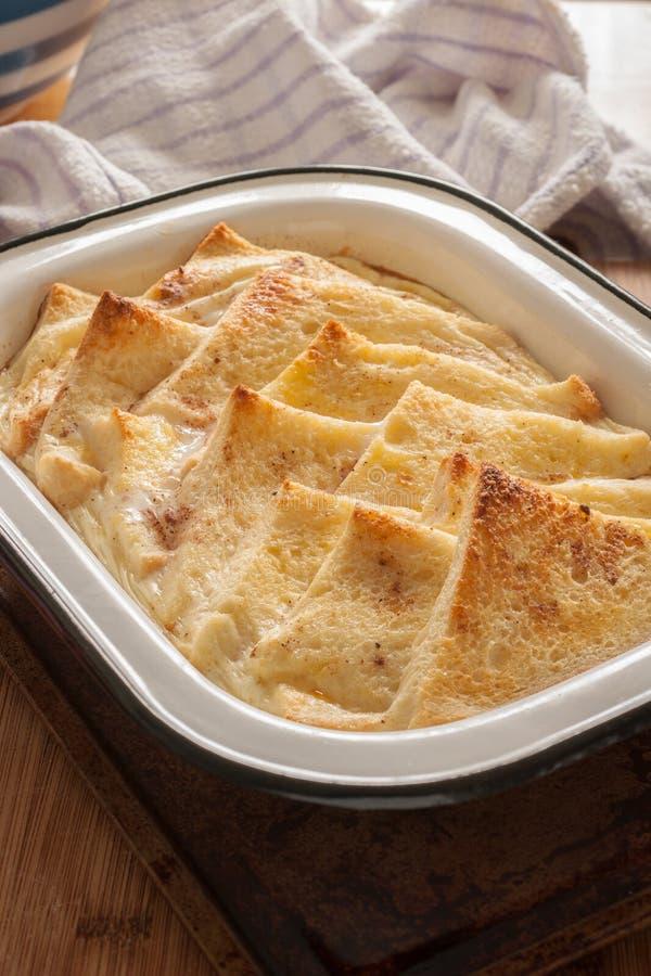 Pudim de pão com manteiga fotos de stock