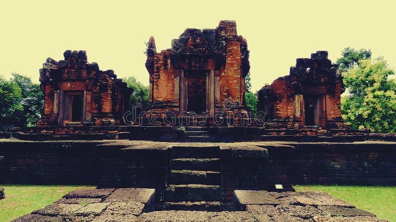 Pueainoi van kasteelpueai Noi/Ku bij khon-Kaen stock afbeeldingen