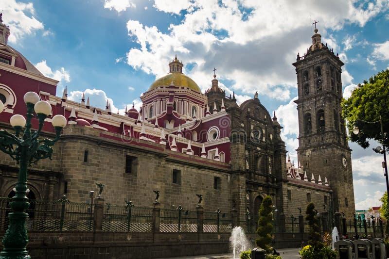 Puebla domkyrka - Puebla, Mexico arkivbilder