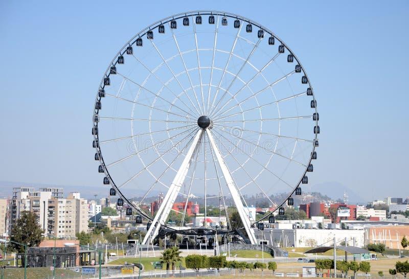 Puebla Ferris Wheel lizenzfreie stockbilder