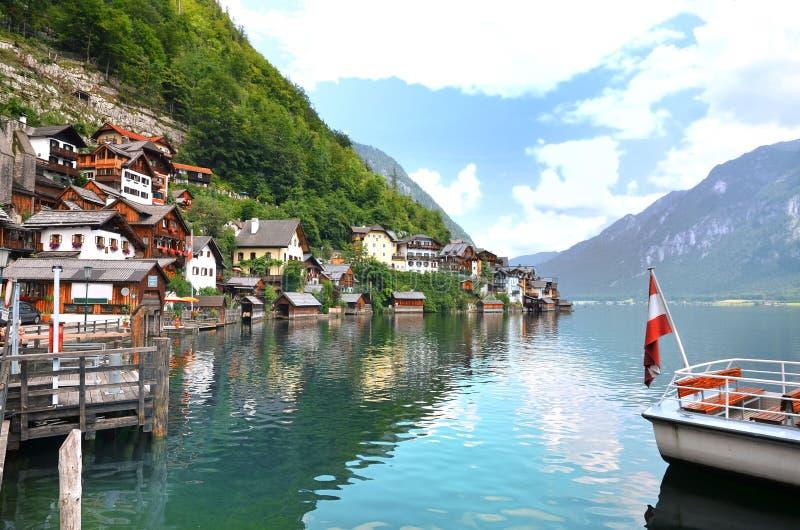 Download Pueblo Austria De Hallstatt Imagen de archivo - Imagen de sueño, hermoso: 44854307