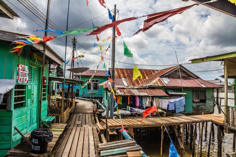 Pueblo-Bandar Seri Begawan, Brunei del agua imágenes de archivo libres de regalías