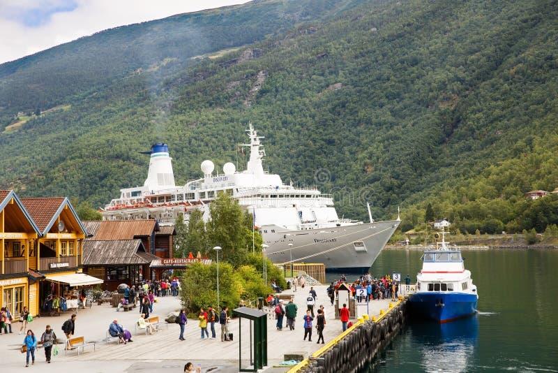 Pueblo de Flam en Noruega fotos de archivo
