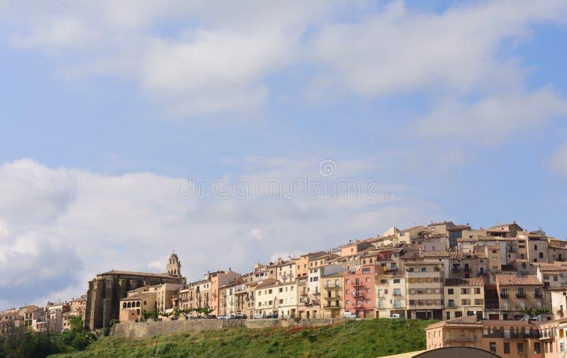 Pueblo de Horta de Sant Joan, Terra Alta imagen de archivo