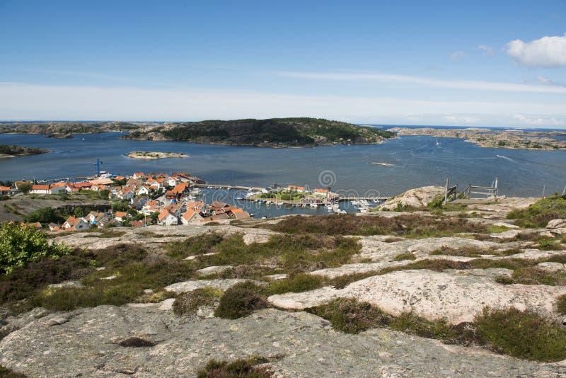 Pueblo de la costa, Fjallbacka fotos de archivo libres de regalías