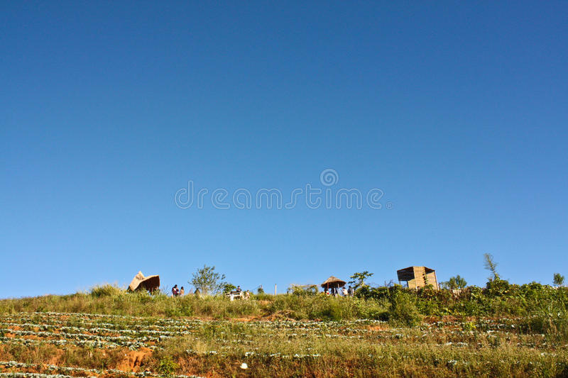Pueblo de la tribu de la colina fotografía de archivo libre de regalías