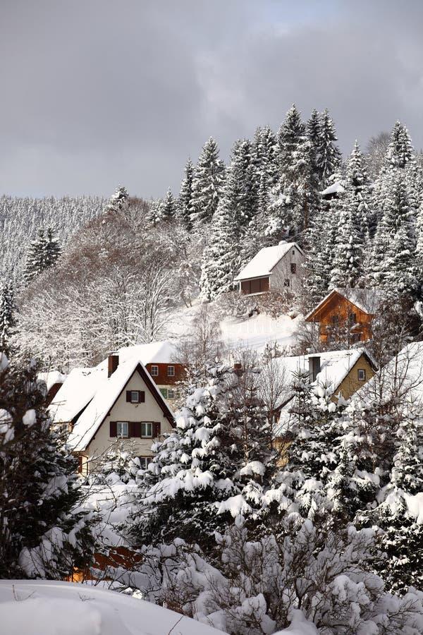 Pueblo de montaña de Schwarzwald fotografía de archivo