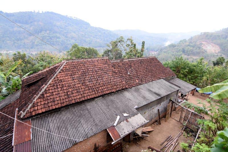 Pueblo de Tugu de la visión en Trenggalek, Indonesia fotos de archivo