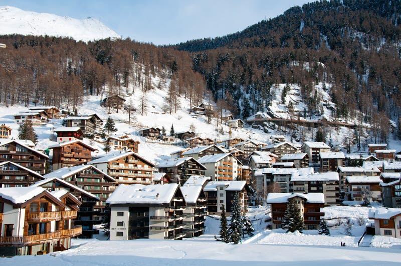 Pueblo de Zermatt en invierno imagen de archivo