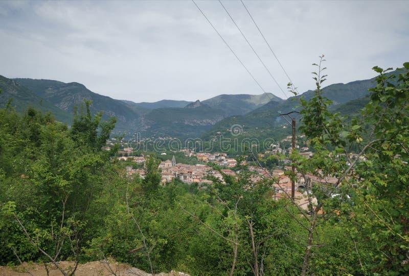 Pueblo encaramado foto de archivo libre de regalías