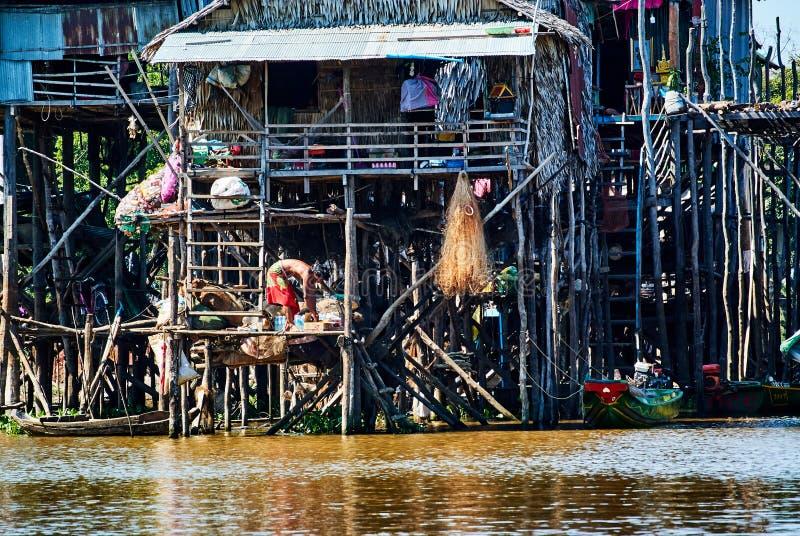 Pueblo flotante Camboya de la savia de Tonle fotos de archivo libres de regalías