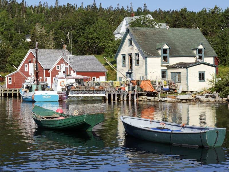 Pueblo pesquero de la ensenada del noroeste, Nova Scotia imagen de archivo