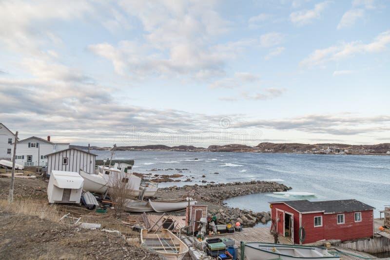 Pueblo pesquero en Terranova imagenes de archivo