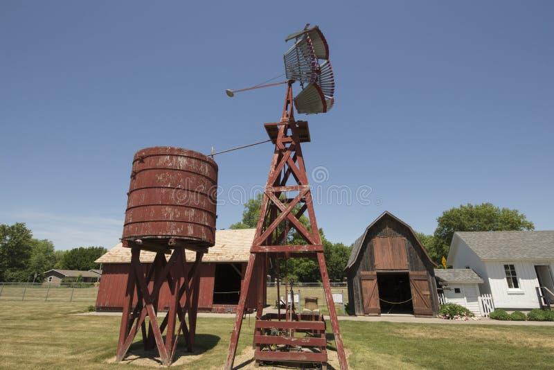Pueblo pionero viejo, Kalona Iowa imagenes de archivo