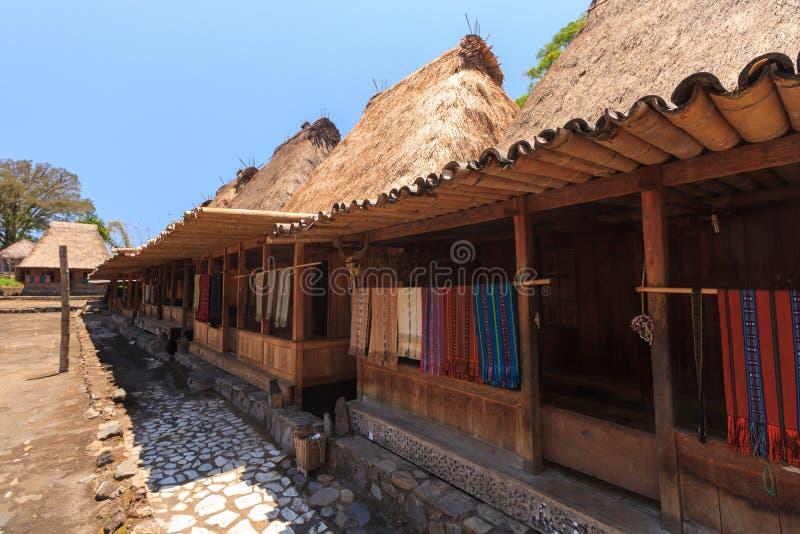 Pueblo tradicional de Bena, cerca de Bajawa, Flores, Indonesia imagenes de archivo