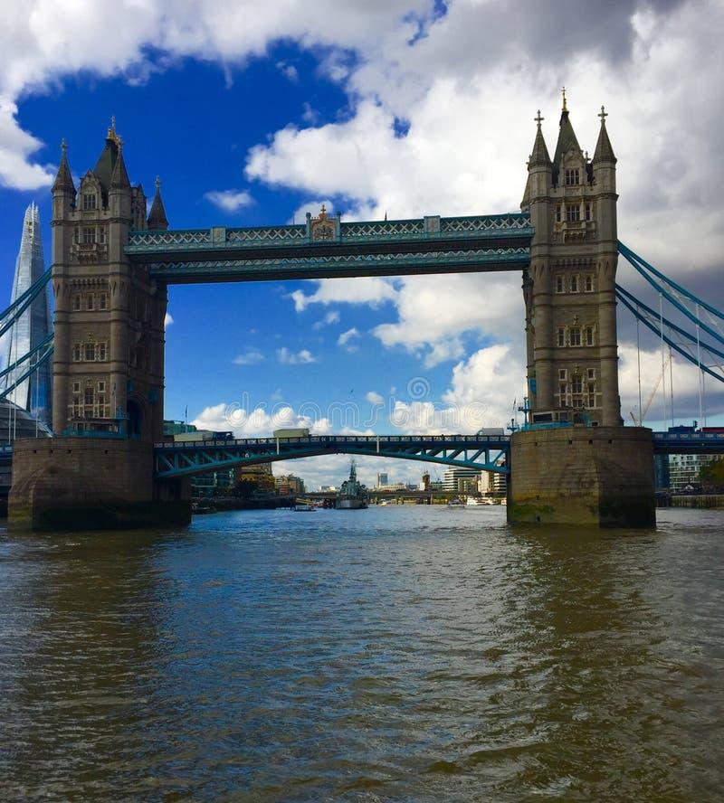Download Puente foto de archivo. Imagen de londres, puente, río - 100535430