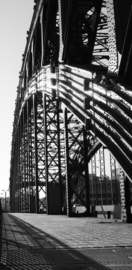Download Puente imagen de archivo. Imagen de puente, vertical, alto - 7284773