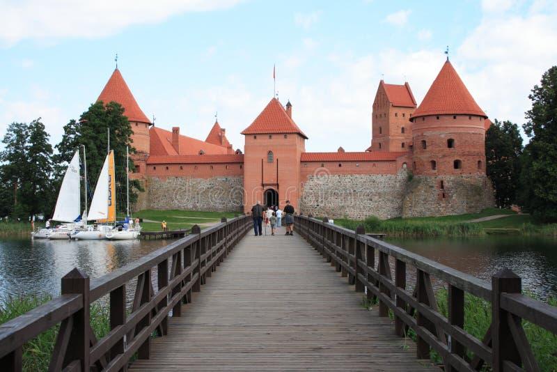 Puente al castillo fotografía de archivo