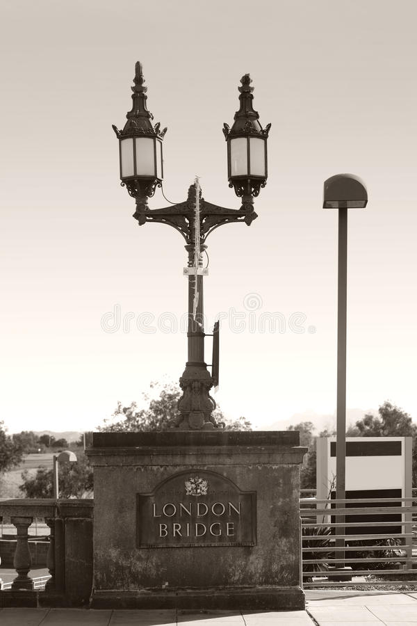Puente California de Londres foto de archivo