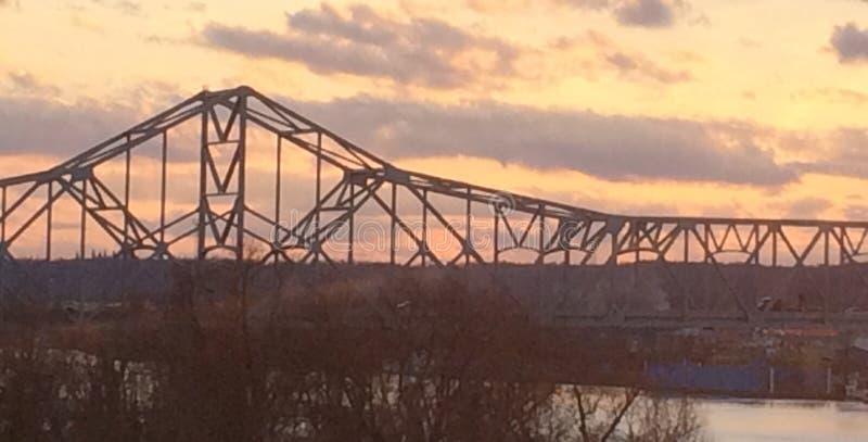 Puente cerca del punto WV agradable foto de archivo libre de regalías