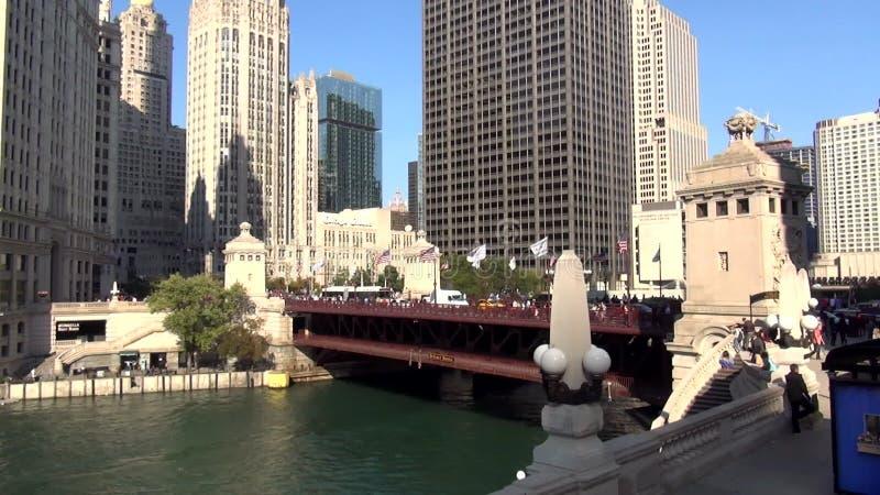 Puente Chicago De DuSable En La Avenida De Michigan - Ciudad De ...