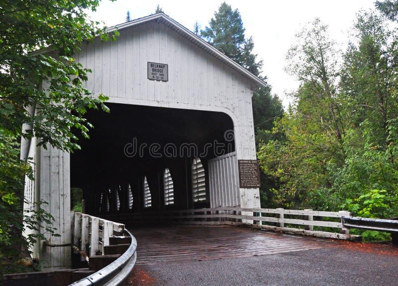 Puente cubierto de Belknap fotografía de archivo