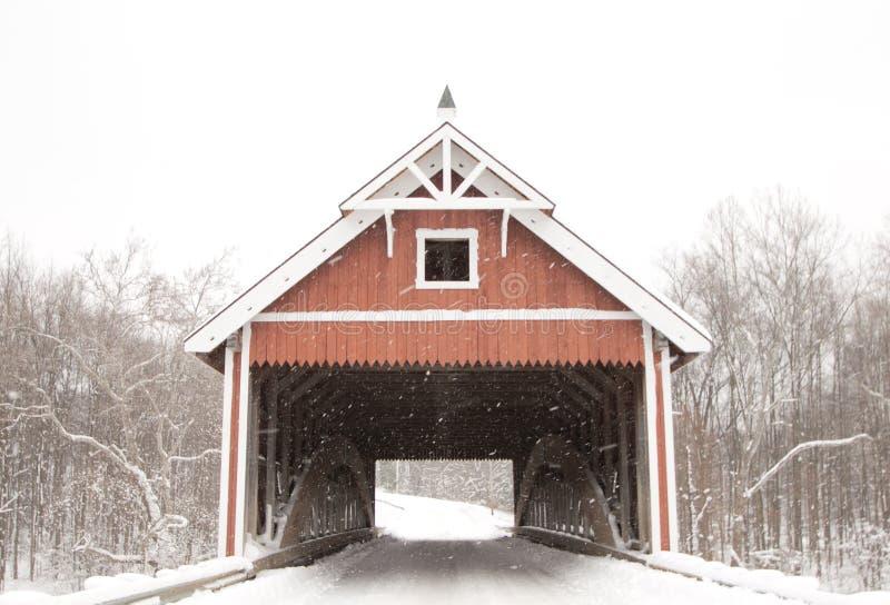 Puente cubierto del camino de Netcher fotos de archivo