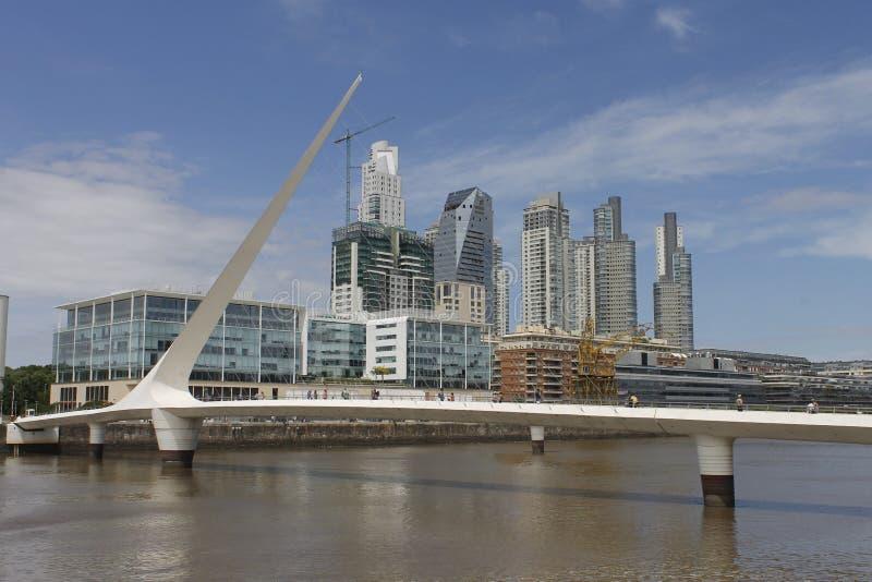 Puente de Ла Mujer в Puerto Madero, Аргентине стоковое фото
