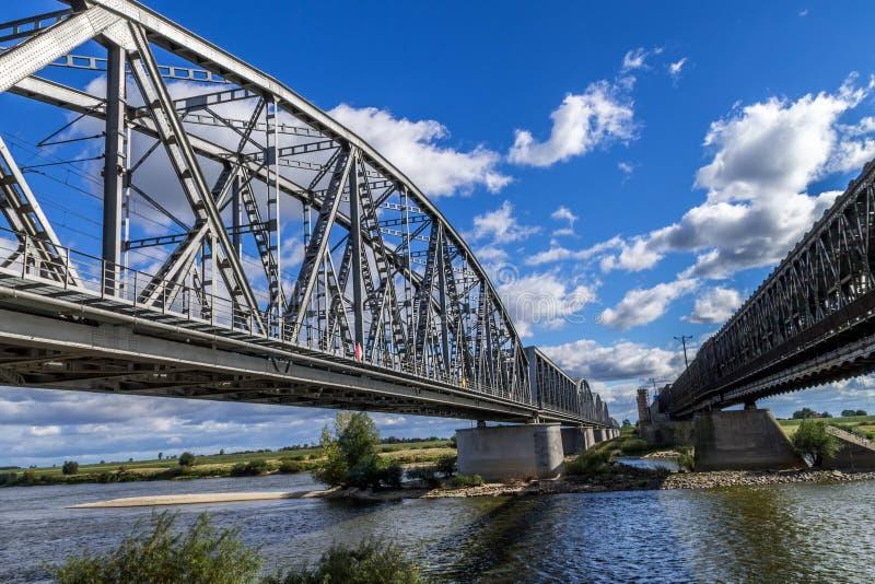 Puente de acero del ferrocarril fotografía de archivo