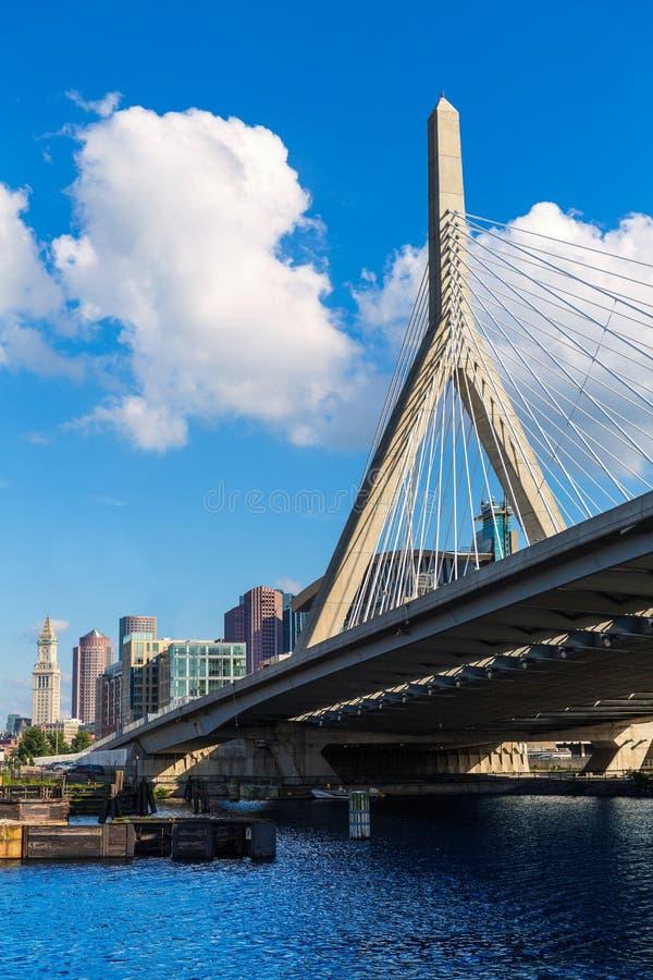 Puente de Boston Zakim en el Bunker Hill Massachusetts foto de archivo libre de regalías